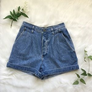 VINTAGE High Waisted Dockers Button Fly Shorts 🌻